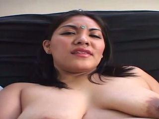 Fierbinte indian nevasta prefers fierbinte oral sex