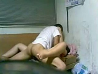 Koreaans meisje neuken in slaapzaal na school-