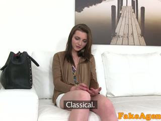 FakeAgent Hot Young babe wants to get rich fast with blowjobs and fucking