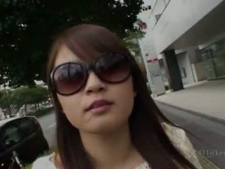 श्यामला, जापानी, आउटडोर सेक्स