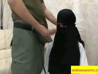 Arab 섹스 doggy 스타일 긴 비디오 클립