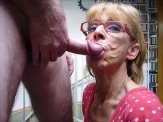 口交, 暨在嘴里, 阿妈