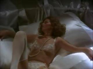 Suzanne mcbain odyssey the galīgais brauciens 1977 sc 9: porno db