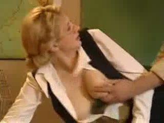 Blond učitelj jebemti v šola