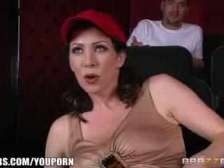 Brazzers - Dirty milf Rayveness masturbates in theater