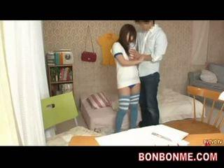 Učiteľka gives sex vzdelávanie na násťročné prsnaté dievča 002
