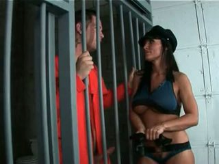 Panas pantat/ punggung ibu bermain polis wanita rides besar remaja zakar/batang