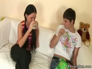 Παθιασμένο σεξ του vendy και αυτήν boyfriend.