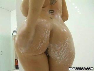hardcore sex, nagy mell, zuhany