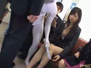 Schön jung asiatisch sucks groß schwanz