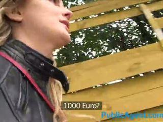 Publicagent heiß kanadisch blond fucks ein groß schwanz für bargeld - porno video 871
