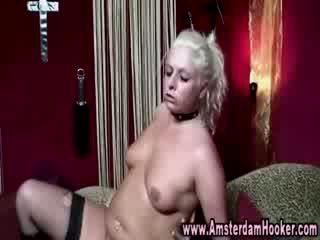 Panty nederlands hoer gets een spunk schot