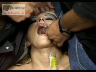 Swallowing Everyones Cum - American Gokkun Chelsie Rae