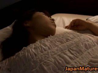 Eldre japansk kvinne gets fingered