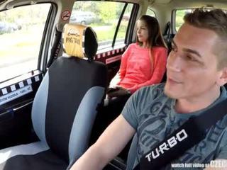Cutest pusaudze gets a bezmaksas taxi braukt <span class=duration>- 14 min</span>