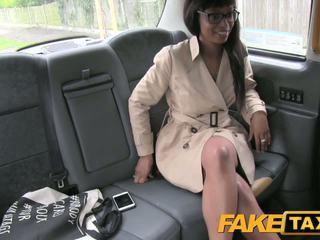 Fake taxi hög klackar och avsugning lips