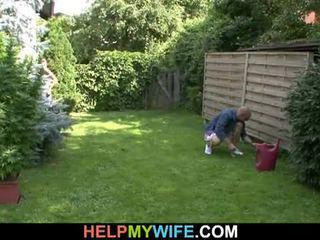 Σύζυγος πατήσαμε με ο gardener με σύζυγος εκεί