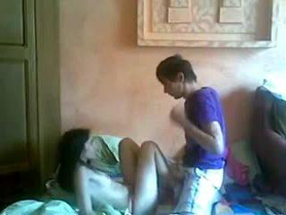 Remaja pasangan seks dalam pakistan