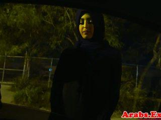 Arab hijabi kacau di terlarang sempit alat kemaluan wanita: gratis porno 74