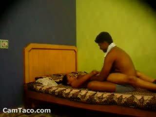 Indisch amateur koppel having seks