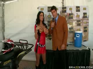 Reporter Ramon with his cool English