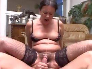 Multiple cumshots: gratis squirting porno video b6
