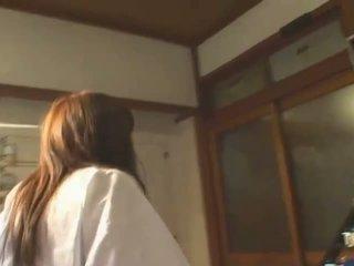 Berpayu dara besar warga asia hitomi tanaka dalam awam bath