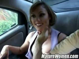 Amateru شقراء امرأة مشاكسة عرض بعيدا في ال رعاية
