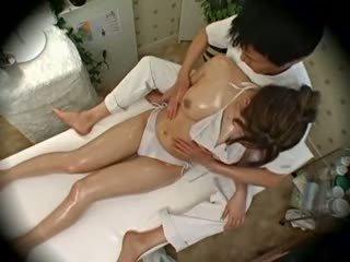 Spycam divat modell seduced által masseur 1