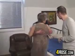 Fett oma gefickt im die arsch