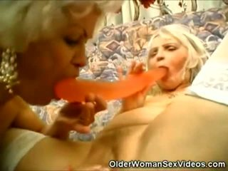 Abuelita lesbianas hardcore porno vídeo