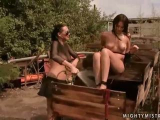 Can outdoor bondage torture variants.... think
