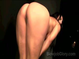 Adriana confesses oleh mengisap priests besar dong thru lubang di tembok