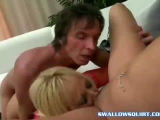 Squirting staruri porno annie cruz și georgia peach