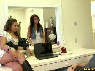 online brunette, groot plezier neuken, realiteit thumbnail