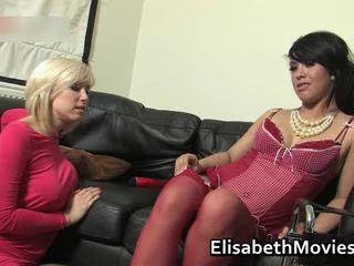 Hawt ละติน ผู้หญิงสวย receives เธอ muff licked