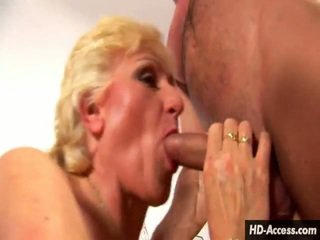 Blonde Honey Gives The Great Titty Make Love