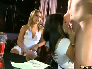 Girls Getting Fucked Their First Time