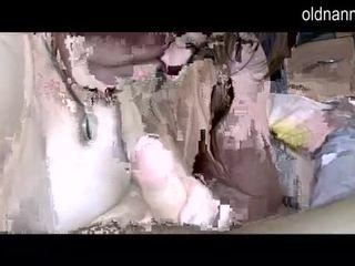 चब्बी grannny और फॅट मेच्यूर सकिंग एक डिक वीडियो