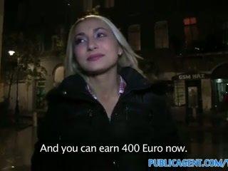 Publicagent seksikäs blondi kanssa yritys perse swallows kumulat