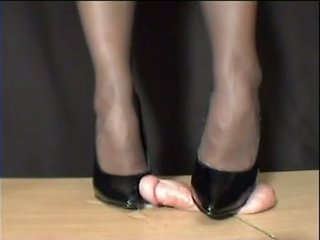 Mistress Arletta Crushed In Black Stilettos