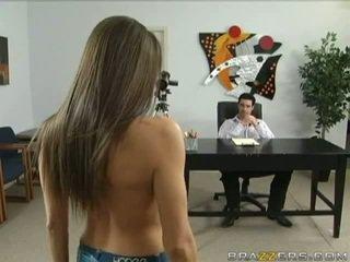 ideaal brunette, meest pijpbeurt porno, mooie tieten scène