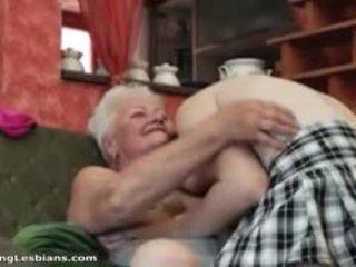 oma, echt lesbisch, schön reifen