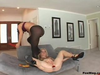 Lesbo Nympho Ashley Blue Sex Tool Thumps Heather Gables