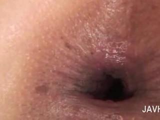 Ázijské anál creampie v close-up s nahý nadržané naivka