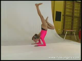 Młody balerina alina