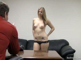 Blondinė stripper pakliuvom į karštas perklausa