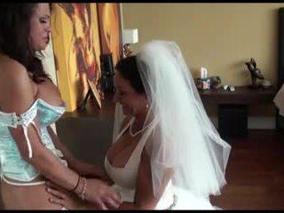 Pm - lesbiete līgava un bridesmaid līdz kr