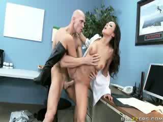 Female keamanan guard having seks