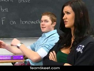 Schoolgirl kendall fucks horny classmate